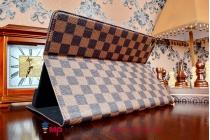 Фирменный чехол-обложка для iPad Air 2 в клетку коричнеый кожаный