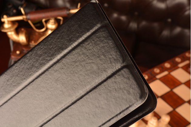 Чехол с вырезом под камеру для планшета Iconia Tab B1-710/B1-711 с дизайном Smart Cover ультратонкий и лёгкий. цвет в ассортименте