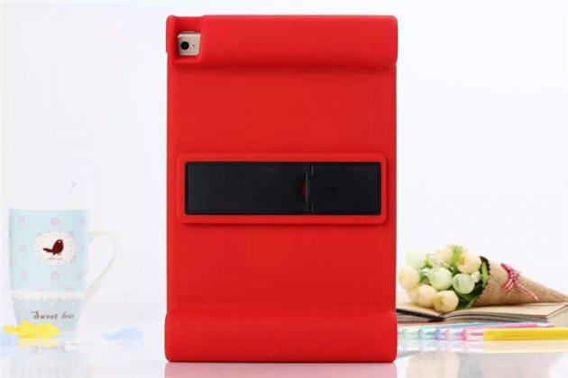 Фирменная ультра-тонкая полимерная из мягкого качественного силикона задняя панель-чехол-накладка со съемной подставкой для iPad Air 2 красная